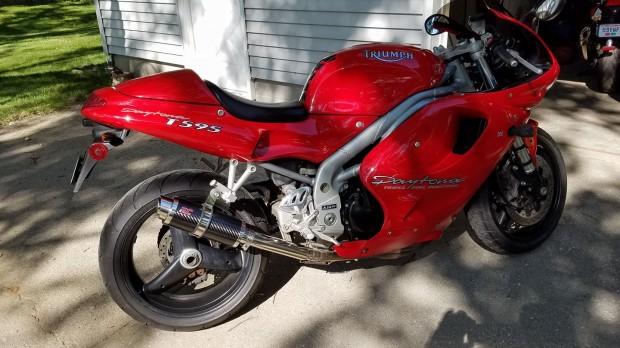 Triumph Daytona 955i (1998)