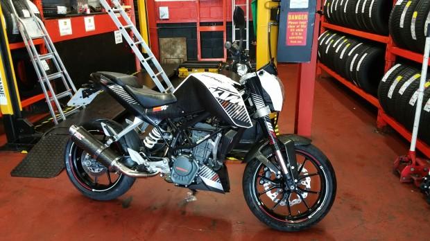 2014 KTM DUKE 125
